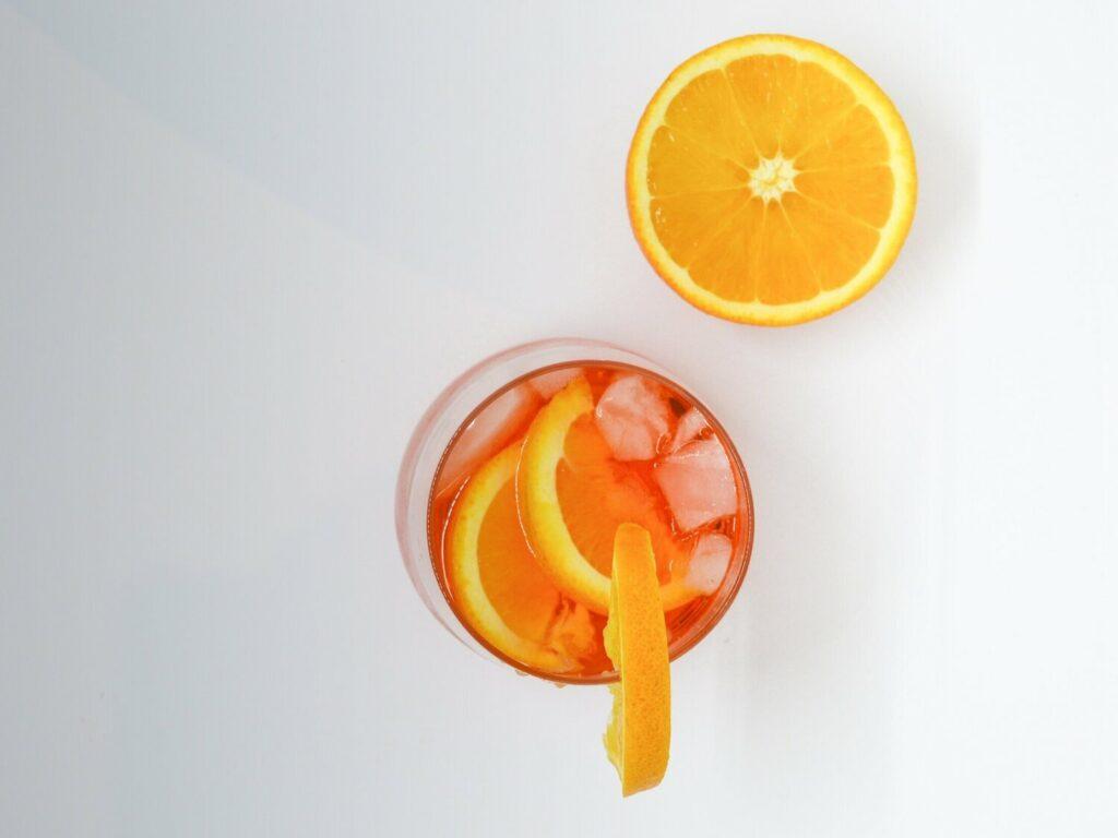 Salute-Sparkling-wine-Aperol-Spritz-orange